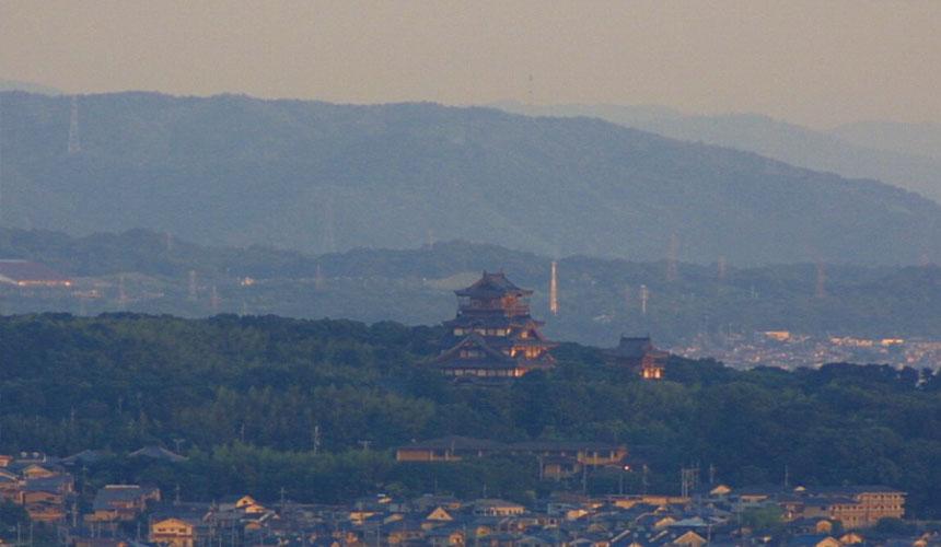 京都车站前最醒目的大蜡烛!带你一览「京都塔」必访特色!